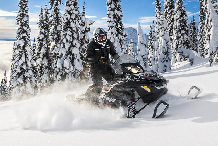 Ski-Doo Expedition Xtreme: la motoneige utilitaire sport qui dépasse vos attentes